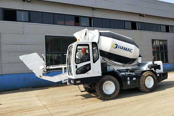 HMC400 Self-loading Concrete Mixer in Uganda