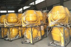 30 units mini portable concrete mixers in Senegal
