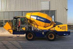 HMC250 Self-loading concrete mixer in Kazakhstan